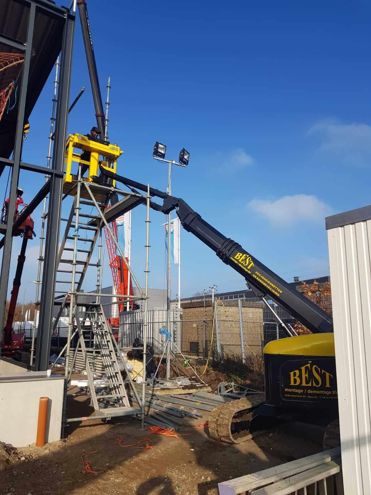 Dutch Crane Factory telescoop in actie